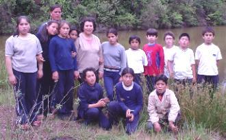 Junto la pequeña laguna de La Araucana